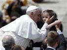 Papeže Františka zdravily tisíce věřících (12. května)