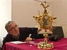 Nov� zrestaurovaný relikviá� sv. Jana Nepomuckého