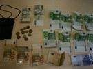 Kde jsou ukradené peníze, pachatelé přiznali až při výslechu.