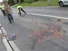 Nákladní vůz osmiletého školáky srazil v místech mimo přechod pro chodce.