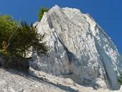 Křídové pobřeží pod vyhlídkou Königstuhl v národním parku Jasmund