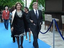 Kostýmní výtvarník a scénograf Milan Čorba a herečka Emília Vášáryová