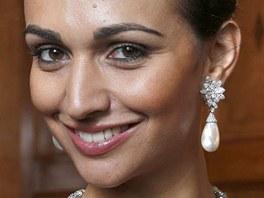 Za perlov� n�u�nice Giny Lollobrigidy nab�dl z�jemce 2,39 milionu dolar� (47,8