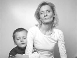 Jedna z obyvatelek Azylového domu Sára ve Frýdku-Místku zachycená ve své všední