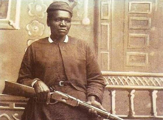 Mary Fieldsová se nikdy nenechala omezovat vládnoucími představami o ženskosti