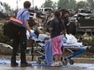 Ničivé tornádo v Oklahomě za sebou zanechalo desítky mrtvých a přes stovku