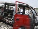 Požár školního autobusu v Pákistánu připravil o život 16 dětí a jednoho učitele.