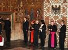 Odemykání pokladnice sedmi klíčníky při ukládání korunovačních klenotů po jejich vystavení při příležitosti zvolení Miloše Zemana prezidentem (20. května 2013)