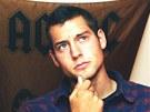 Američan Kevin Dahlgren je podezřelý z vraždy čtyřčlenné rodiny v Brně. |
