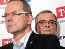 Ministr financ� Miroslav Kalousek a ��f zastupitelsk�ho klubu TOP 09 Ji�� V�vra