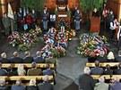 S válečným veteránem Zdeňkem Škarvadou se přišly rozloučit stovky lidí. (28.