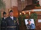 Poslední sbohem stíhacímu pilotovi RAF Zdeňkovi Škarvadovi. (28. května 2013)