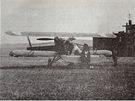 Povstalecká Avia B.534 na letišti Tri Duby.