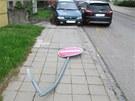 Žena za sebou nechala v ulici Seichertově doslova spoušť.
