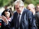 Prostest proti Miloši Zemanovi před nejvyšším soudem v Brně (21. května 2013)