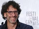 Režiséři Joel (vlevo) a Ethan Coenovi přivezli do Cannes film Inside Llewyn
