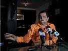 Populární moderátor Francisco Bautista musel skončit, protože kritizoval vládu