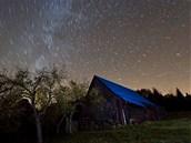 Noční obloha nad Beskydskou oblastí tmavé oblohy (BOTO)