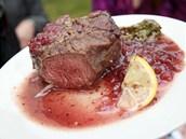 Dámejídlo.cz - biftek na brusinkách, restaurace Na Farkáně