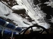 Interiér lodi ElektroNemo je vyzdobený ve stylu filmů Karla Zemana.