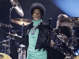 Prince při vystoupení na cenách Billboardu 2013