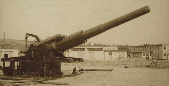 Nejmohutnější dělostřeleckou zbraní naší armády všech dob byl kanón vz. 16.