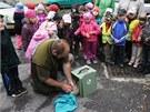 Dětem z mateřské školy v Holicích na Pardubicku se naskytl ve čtvrtek dopoledne