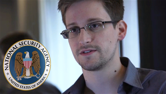 """Edward Snowden vynesl informace z NSA, protože podle svých slov """"nechtěl žít ve světě, kde neexistuje soukromí"""". Nyní 29letý technický asistent dříve pracoval pro CIA a NSA. Tisku předal tajné informace o tom, jak NSA odposlouchává elektronickou komunikaci po celém světě ve spolupráci s velkými americkými firmami (Microsoft, Google, Facebook aj.)."""