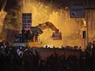 Protivládní demonstrace v Istanbulu (2. června 2013)