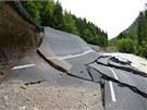 Povodn� poni�ily �adu silnic v Tyrolsku (3. �ervna 2013)