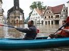Rozvodněné Labe zaplavilo i centrum německého města  Wahlen (4. června 2013)