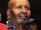Joseph Olo Larus, veterán povstání Mau Mau, na tiskové konferenci v Nairobi,