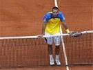 Srbský tenista Viktor Troicki smutní ve 4. kole Roland Garros.