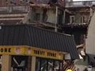 Zřícená budova v centru Filadelfie (5. června 2013)