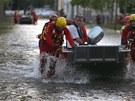 Záchranáři museli v neděli evakuovat z německého Magdeburgu 23 tisíc lidí (9.