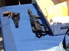 Důkazní materiál, který policie střelci zabavila (8. června 2013)