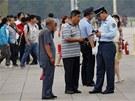 Přímo na náměstí policisté kontrolovali většinu turistů (4. června)