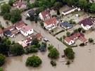 Vltava zatopila i Miřejovice u Kralup nad Vltavou. (3. června 2013)