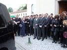 S vyvražděnou rodinou se rozloučily v kostele v Řečkovicích stovky lidí (1.