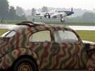 Ukázka inspirovaná vyloděním v Normandii, v níž se předvedl P 51 Mustang (1.