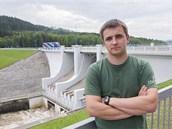 Pracovník Povodí Vltavy Libor Peška zachránil 7. června v Lipně nad Vltavou