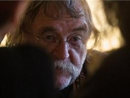 Spisovatel Miroslav Stoniš.