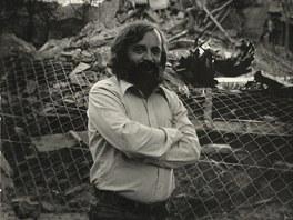 Miroslav Stoniš v sedmdesátých letech při bourání domů na tehdejší Dimitrovově