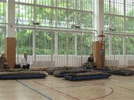 Evakua�n� centrum v pra�sk�ch Mod�anech (3. �ervna 2013)