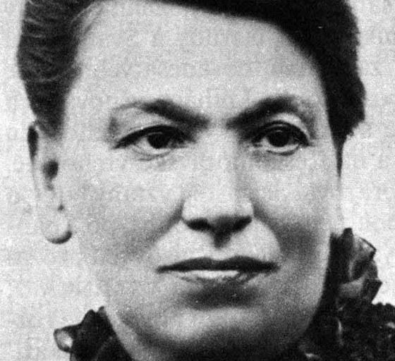 Teréza Nováková, rozená Lanhausová, (31. července 1853 Praha – 13. listopadu