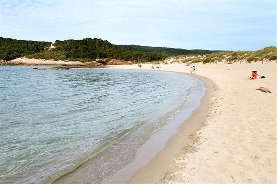 Na Menorce je téměř povinností vypůjčit si auto a objíždět více či méně