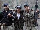 Aleppo. Pět syrských bratrů, kteří se po smrti svého sourozence chopili zbraní