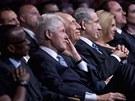 Bill Clinton na oslav� narozenin �imona Perese (19. �ervna)