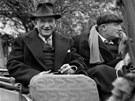 Francouzský ex-premiér Edouard Daladier (vlevo) byl mezi státníky, kteří