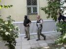 Policisté při zásahu u vily podnikatele a lobbisty Ivo Rittiga v Benešovské